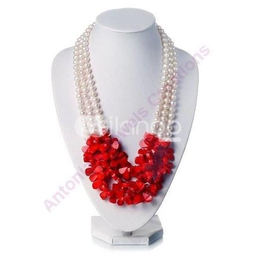 Κολιέ  μαργαριταρια καλλιεργημενα με τρεις σειρες κοκκινο κοραλλι
